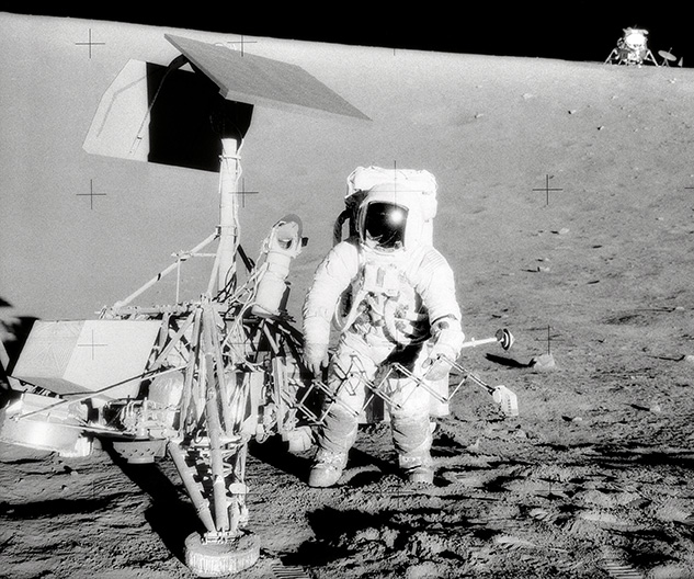 Alan Bean and Surveyor 3 on the Moon