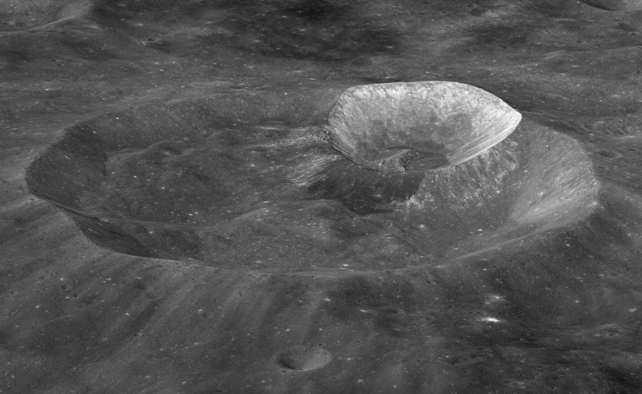 Double impact crater on the Moon